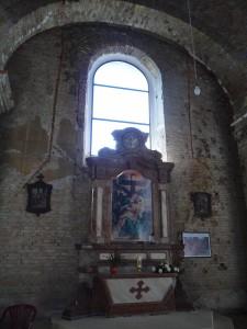 Kapelica Gospe žalosne ostavljena neožbukana kao rana iz 1991. godine