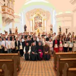 Galerija fotografija sa slavlja sakramenta Svete potvrde u našoj župi, 24. 5. 2015.